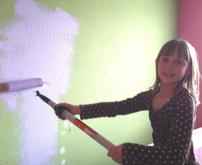 lexi-painting-bedroom