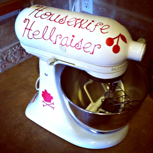 housewife-hellraiser-kitchenaid-mixer