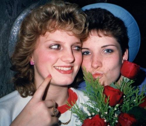 deb-laura-roses-1987